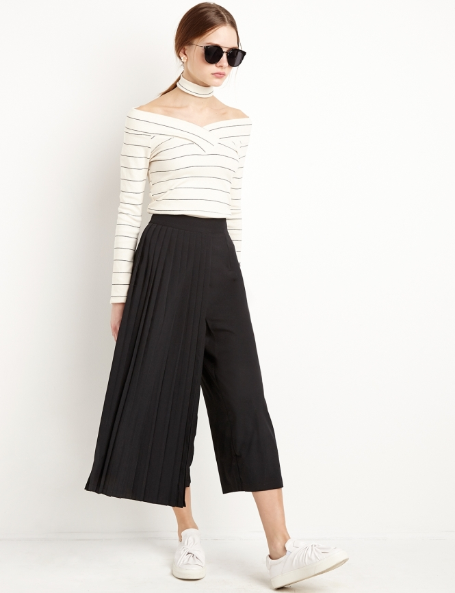 black-pleated-pant-shot_28_057-1_1